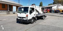 Nissan Cabstar Oil&Steel Snake 2010 Compact RE