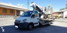 Iveco telescopic articulated truck mounted