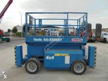 plataforma elevadora Genie GS 3268 RT diesel 4x4 11.75m