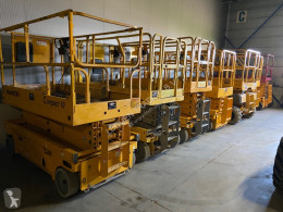 onbekend We have over 30 electric scissorlift in stock !!!