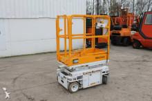 n/a Custom Equipment S830CE Schaarhoogwerker aerial platform
