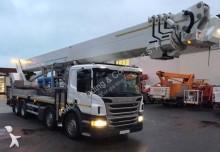 camión con cesta elevadora Palfinger