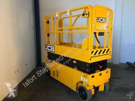 Vedeţi fotografiile Cu nacela JCB S2032E