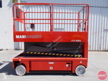 Manitou Scissor lift self-propelled