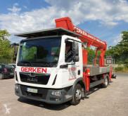 tweedehands hoogwerker op vrachtwagen