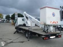 plataforma sobre camião articulado telescópico Bizzocchi
