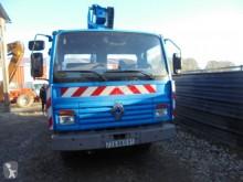 подъемник на базе грузовика Renault