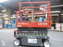 Vedeţi fotografiile Cu nacela Skyjack SJ III 3219
