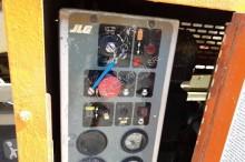 Vedere le foto Piattaforma aerea JLG 40 RTS