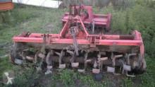 Instrumente antrenate pentru prelucrarea solului n/a