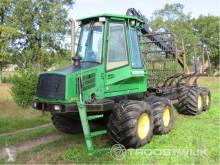 Tractor florestal John Deere