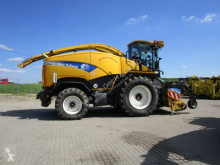 lesnická technika New Holland FR 9050