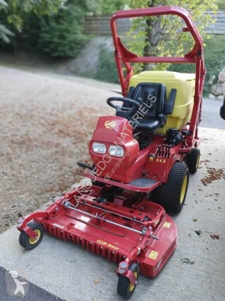 Ver as fotos Zonas verdes jardins Ferrari PG 300 DW 4X4