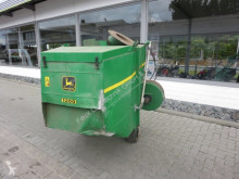John Deere 345 H landscaping equipment