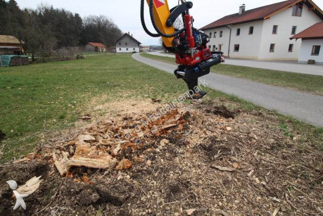 Matériel de chantier MS Wurzelbiber Wurzelschäler  10 Bagger