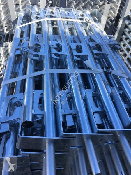 Bilder ansehen Intequedis POTELET DE SECURITE Hauteur 1m10 Baustellengerät