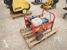 stavebný stroj Pramac E5000