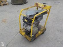 utilaj de şantier maşină de tăiat beton n/a