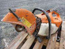 matériel de chantier scie à sol Stihl