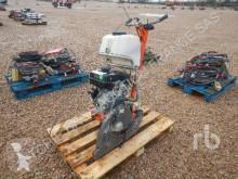 matériel de chantier scie à sol Husqvarna