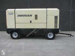vägbyggmaterial Doosan 12 / 254 - N