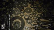 Renault Pièces de rechange Części do 110,14 120,14 133,14 145,14 120,54 133,54 155,54 pour tracteur spare parts