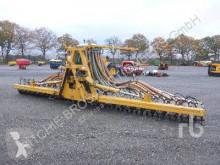 used Spreading equipment pieces