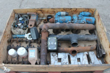 View images N/a Pallet Met Onderdelen Tbv Tractor spare parts