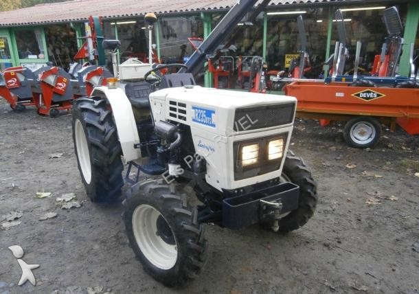 tracteur agricole occasion lamborghini nc r235dts annonce n 1499641. Black Bedroom Furniture Sets. Home Design Ideas