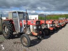 tracteur agricole Massey Ferguson 168