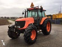 tracteur agricole Kubota M125X