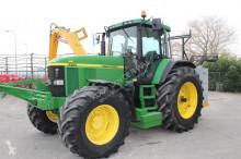 John Deere 7810 PQ farm tractor