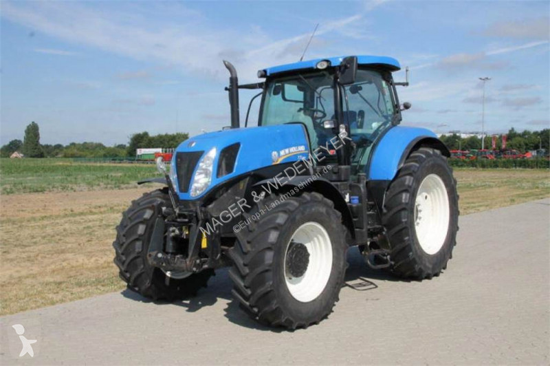 New Holland T 7.250 POWER COMMAND Landwirtschaftstraktor