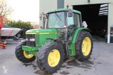tracteur agricole John Deere 6410