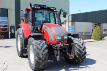 tracteur agricole Valtra N142 Direct