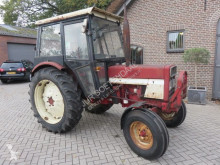 tracteur agricole International 633