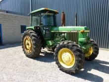 John Deere 4040 农用拖拉机