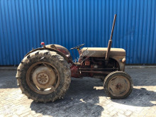 trattore agricolo Massey Ferguson FF 30 DS, Massey-Harris-Ferguson
