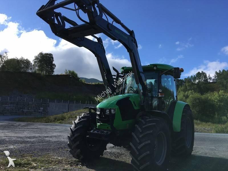 John Deere 5065M farm tractor