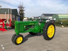 tracteur agricole John Deere A serie