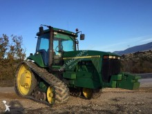 trattore agricolo John Deere 8400T