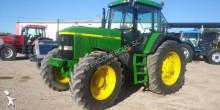 tracteur agricole John Deere 7R 7810