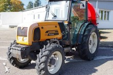 tracteur agricole Renault Fructus 130