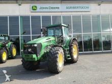John Deere 7920