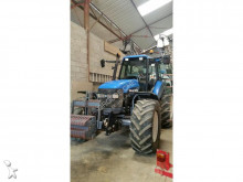 tracteur agricole New Holland TM 150