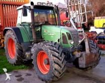 tracteur agricole Fendt 716
