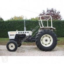 trattore agricolo Lamborghini R 904