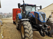 New Holland T7.210 SW farm tractor
