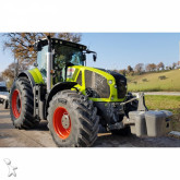 Claas AXION 950 CMATIC farm tractor