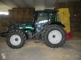 trattore agricolo Valtra T133